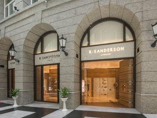 充滿英倫情人風的頂級品牌女鞋店 On Designlab.ltd 窗戶與門窗戶與門