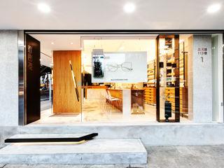 顛覆傳統並充滿視覺享受的眼鏡舖 On Designlab.ltd 窗戶與門窗戶