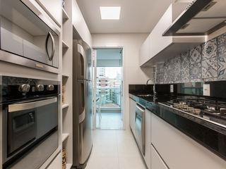 Adriana Fiali e Rose Corsini - FICODesign KitchenCabinets & shelves