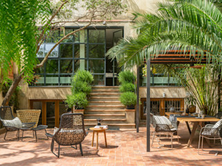 The Room Studio Balcone, Veranda & Terrazza in stile mediterraneo