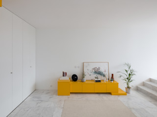 Corpo Atelier Living roomCupboards & sideboards MDF Yellow