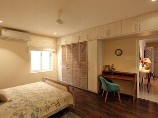 Saloni Narayankar Interiors BedroomWardrobes & closets Parket Beige