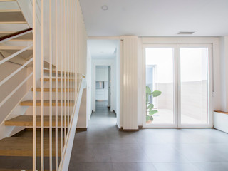 DonateCaballero Arquitectos Salas de jantar minimalistas