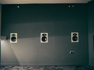 SALA CINEMA Federica Rossi Interior Designer Pareti & Pavimenti in stile moderno