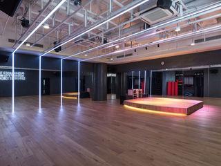 極簡主義的精品健身會所 On Designlab.ltd 健身房