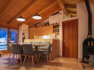 Arredamenti Brigadoi 餐廳椅子與長凳 木頭
