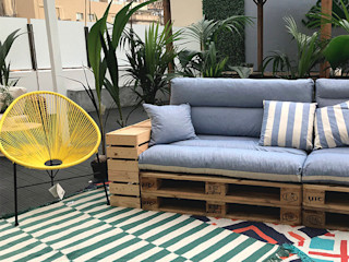Estudi Aura, decoradores y diseñadores de interiores en Barcelona Garden Furniture Wood Blue