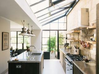 The Bath Larkhall Kitchen by deVOL deVOL Kitchens Кухня