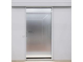 WITHJIS(위드지스) Centros de exposições modernos Alumínio/Zinco Branco