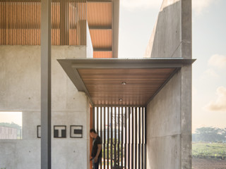 Rakta Studio ドア