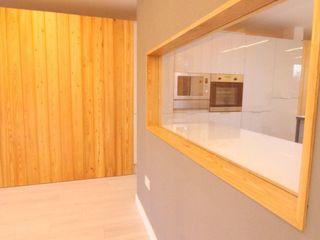 Dab dwelling Dab Den Ltd Modern Living Room Wood Grey