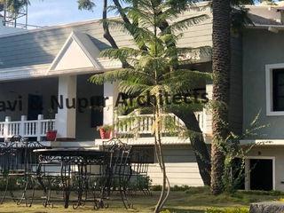 RAVI - NUPUR ARCHITECTS Hoteles de estilo colonial Blanco