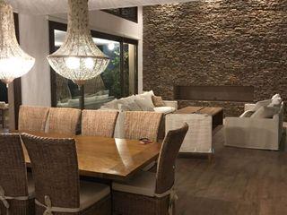 Casa JR Maximiliano Lago Arquitectura - Estudio Azteca Livings modernos: Ideas, imágenes y decoración