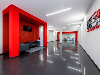Stand JP - Jorge Pires - Decoração de Interiores MOYO Concept Stands de automóveis modernos Vermelho