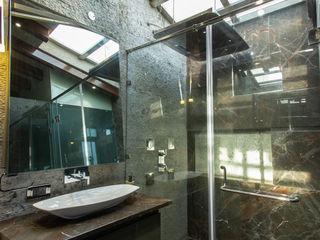 TakenIn Modern bathroom
