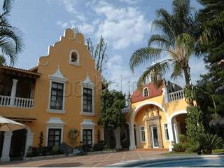 Inova Diseño y Decoracion Casas multifamiliares Mármol Ámbar/Dorado