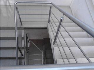 Inova Diseño y Decoracion Office spaces & stores Metallic/Silver