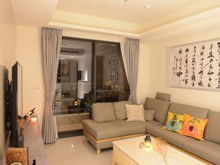 台中新成屋設計 - 帶有東方人文氣息的舒適居所 台中室內設計裝修 心之所向設計美學工作室 客廳