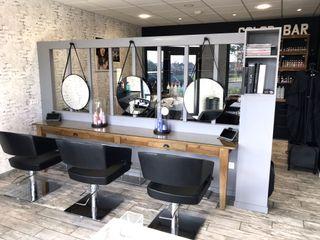 Salon de Coiffure ILÉA MIINT - design d'espace & décoration Locaux commerciaux & Magasin industriels Noir