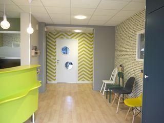 Cabinet d'Orthodontie BERNHEIM MIINT - design d'espace & décoration Cliniques originales Multicolore