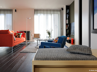 Franck VADOT Architecture Living roomSofas & armchairs Wood White