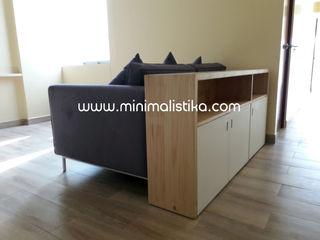 Minimalistika.com ミニマルデザインの リビング 灰色