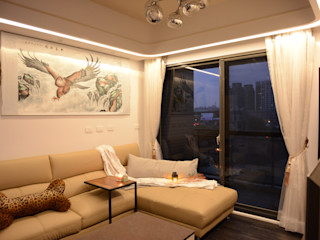 時尚單身公寓 紳士的品格 台中室內設計裝修 心之所向設計美學工作室 现代客厅設計點子、靈感 & 圖片