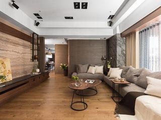 宸域空間設計有限公司 Sala de estarTV e mobiliário