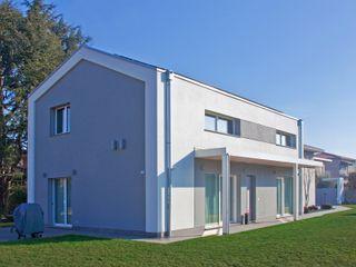 Villa moderna in legno a Meda (Monza Brianza) Marlegno Case moderne Legno Bianco