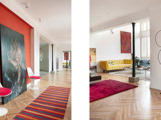 109. PENTHOUSE IN ST JOAN Abrils Studio Pasillos, vestíbulos y escaleras de estilo moderno