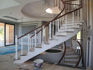 POLATOĞLU AHŞAP ÜRÜNLERİ 玄關、走廊與階梯階梯