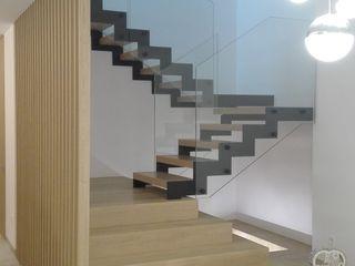 NUÑO ARQUITECTURA Escaleras Aglomerado Marrón