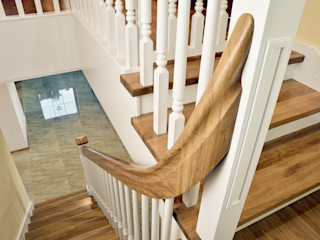 STREGER Massivholztreppen GmbH Country style corridor, hallway& stairs Solid Wood
