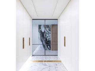 WITHJIS(위드지스) Corredores, halls e escadas modernos Alumínio/Zinco Cinzento