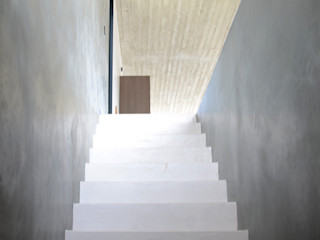 Beton Cire BETON2 Treppe Beton Weiß