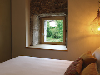 Hotel Unanue Zar Zuhaizki Puertas y ventanasVentanas Madera maciza Acabado en madera