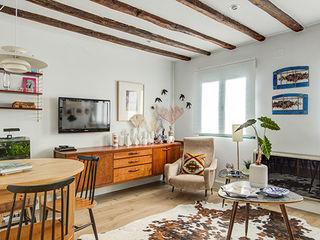 Decorando tu espacio - interiorismo y reforma integral en Madrid. Salas/RecibidoresCajoneras Madera Marrón