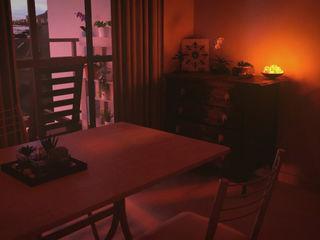 CrimsonViz Sala da pranzo eclettica Effetto legno