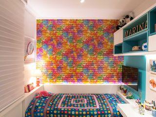Bloco Z Arquitetura Modern style bedroom MDF Multicolored