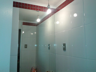 Casa Quilin Constructora CYB Spa Baños de estilo moderno