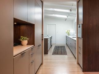 Klopf Architecture Modern kitchen