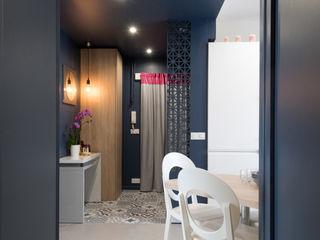 Chez Chantal Camille BASSE, Architecte d'intérieur Couloir, entrée, escaliers modernes
