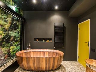 Irina Yakushina Casas de banho tropicais