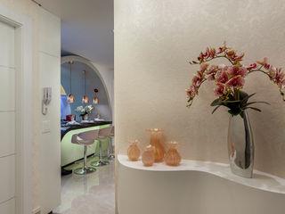 Designer de Interiores e Paisagista Iara Kílaris Couloir, entrée, escaliers modernes