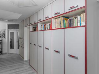 Bücherregale ASADA Schiebetüren und Möbel nach Maß - Ulrich Schablowsky WohnzimmerAufbewahrung
