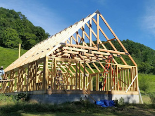 Timber frame home in Grant, California. Structural design S3DA Design Classic style houses
