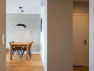 Perfect Space Minimalist corridor, hallway & stairs