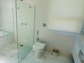 Lozí - Projeto e Obra Klassische Badezimmer