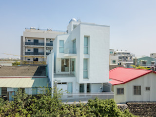 凸透設計-光庭建設 Casas unifamilares