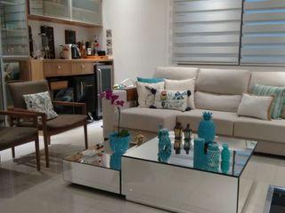 Sala de estar em cobertura Izabella Biancardine Interiores Salas de estar modernas